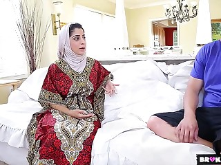 David Loso Nadia Ali - Nadia Ali Exposes Her Indian Pus