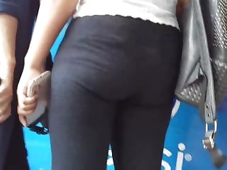 Indian Girl IN Jeans Asses