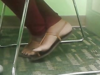 Active Indian ankle cross